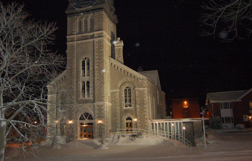 Inn form the cold church